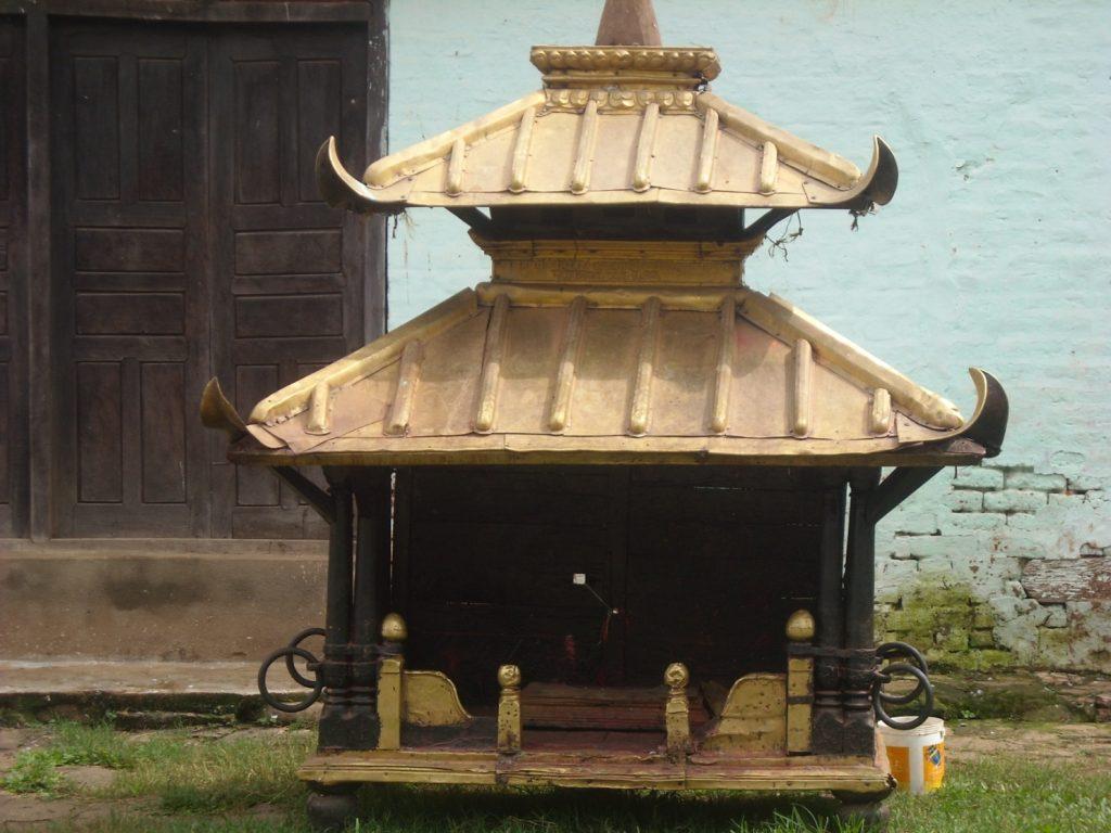 (The Chariot of Rana Ujeswori Goddess)